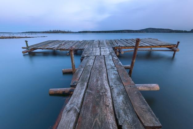 Oude houten pier