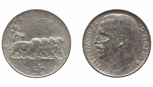 Oude italiaanse lira met vittorio emanuele iii koning geïsoleerd over white