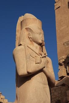 Oude karnak-tempel in luxor, egypte