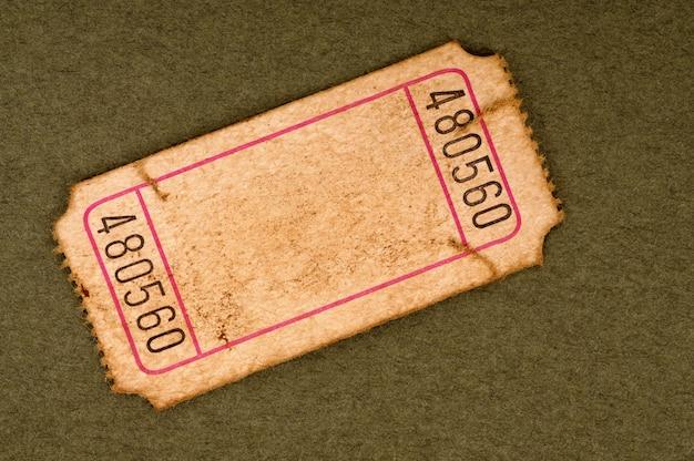 Oude lege kaartjesstomp