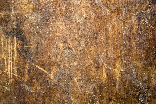 Oude rode krassen multiplex houten paneel. natuurlijke rustieke achtergrond