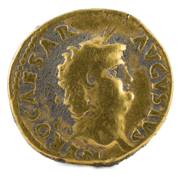 Oude romeinse gouden aureus munt van keizer nero.