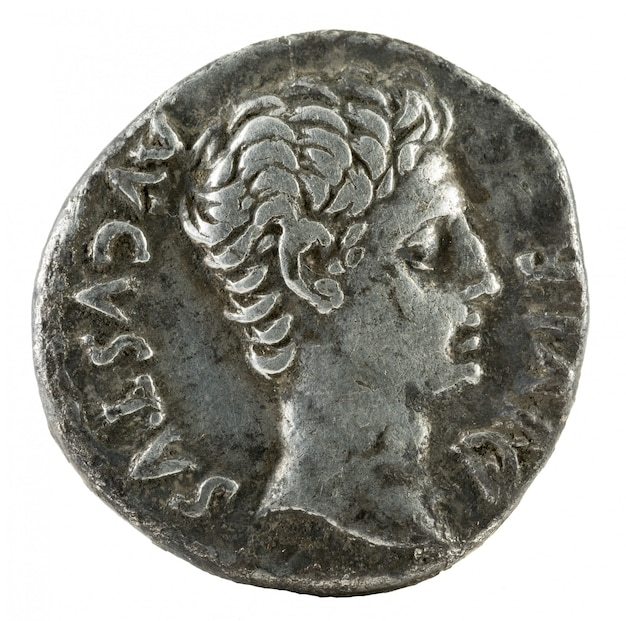 Oude romeinse zilveren denarius munt van keizer augustus.