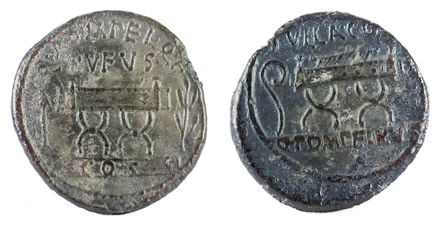Oude romeinse zilveren denarius van de familie pompeia,