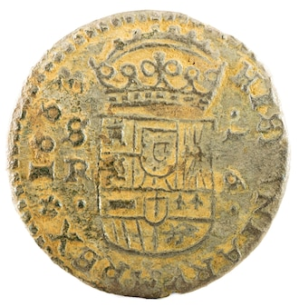 Oude spaanse koperen munt van koning felipe iv