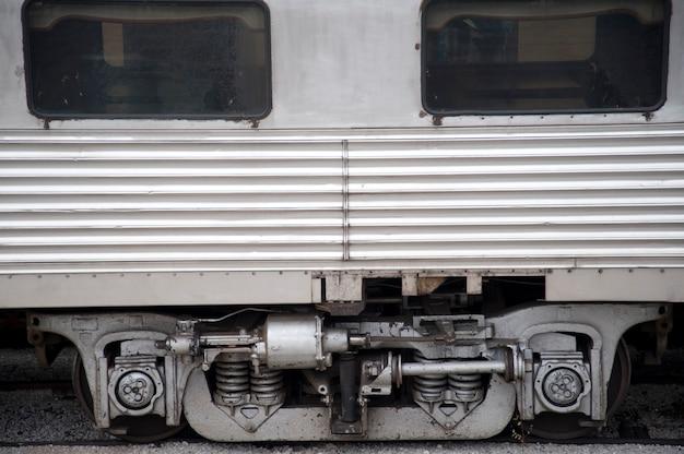 Oude spoorwegauto's in de historische spoorwegpost in branson, missouri