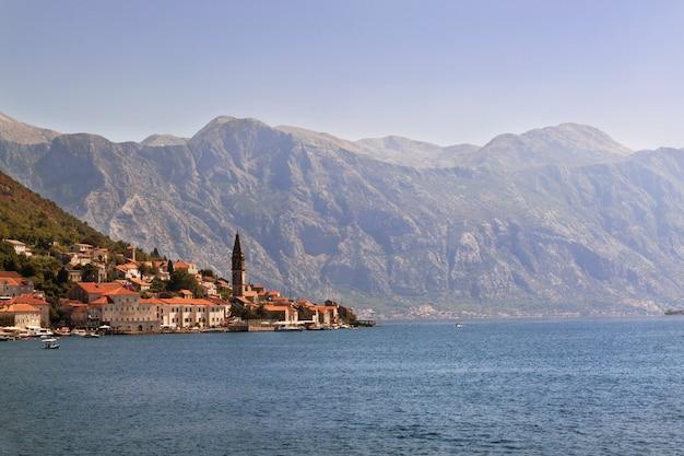 Oude stad landschap, perast, kotor bay, montenegro