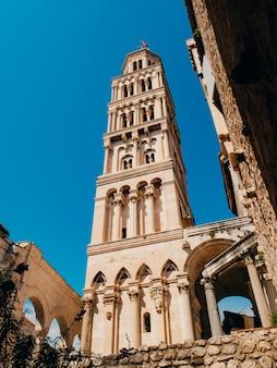 Oude stad van split kroatië in de oude architectuur van de stad