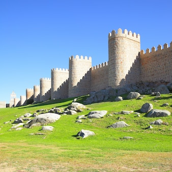 Oude stadsmuren van avila, spanje