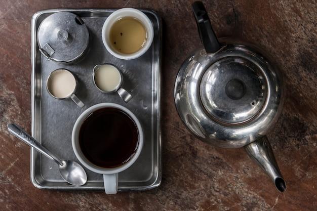 Oude stijl aziatische koffiereeks