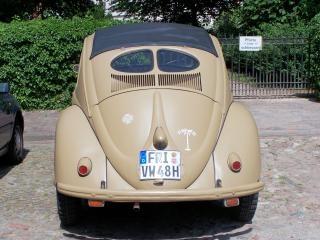 Oude volkswagen kever uit de tweede wereldoorlog 2, volkswagen