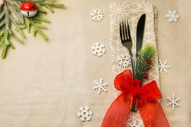 Oudejaarsavond, kerstvoedsel, ontbijtlunch, vakantiediner tafel couvert
