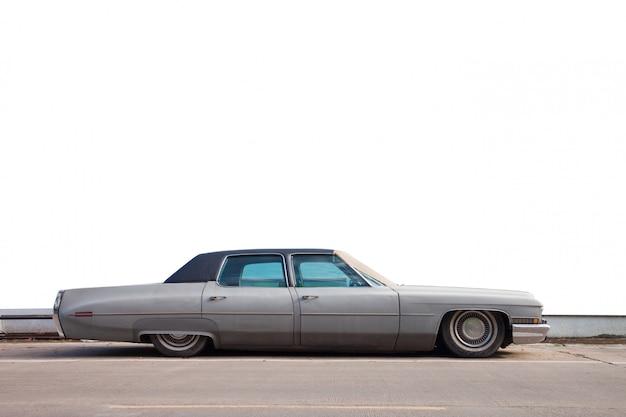 Ouderwetse auto's die vroeger populair waren.