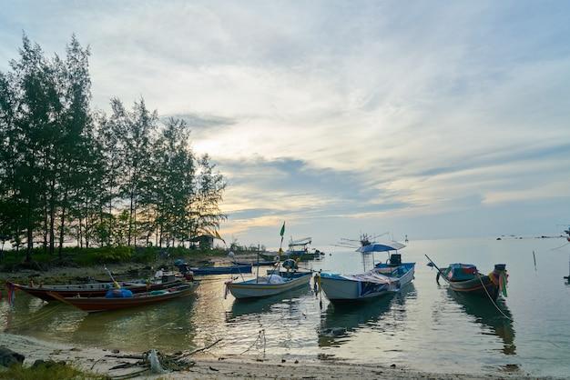 Outdoor visserij- trip dorp thailand