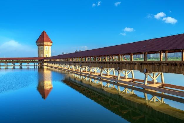 Overdekte brug