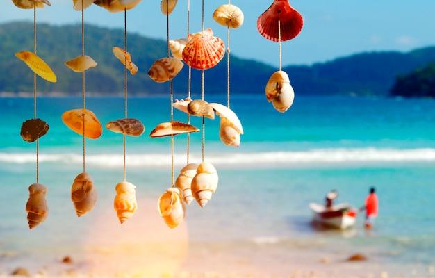 Overzeese shells kust maleisië strandconcept