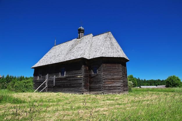 Ozertso village in wit-rusland land