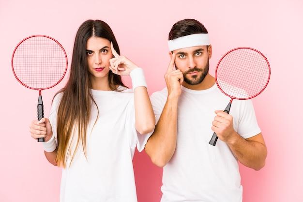 Paar badminton kleding dragen