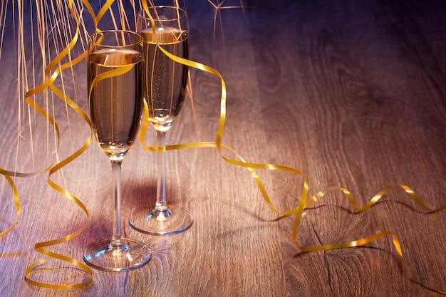 Paar glazen champagne