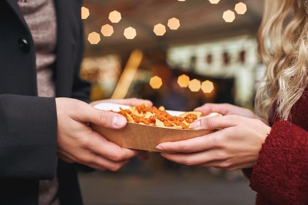 Paar mexicaans eten eten het concept van de mexicaanse keuken