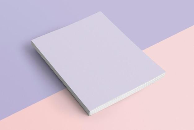 Paars boek op pastelachtergrond