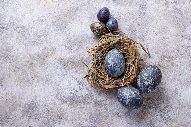 Paaseieren met steen of marmeren effect