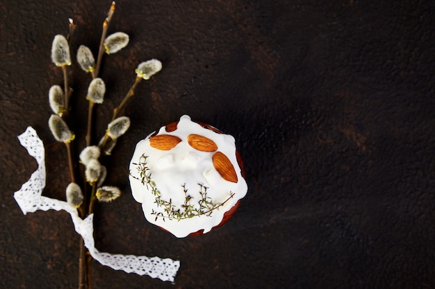 Paasvakantie ontbijt concept. vrolijk pasen, pasen-samenstelling
