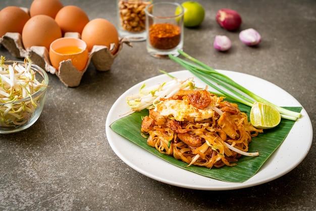 Pad thai - roergebakken rijstnoedels