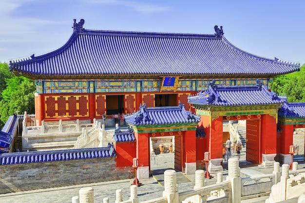 Pagoden, paviljoens binnen het complex van de tempel van de hemel in peking, china.vertaling: