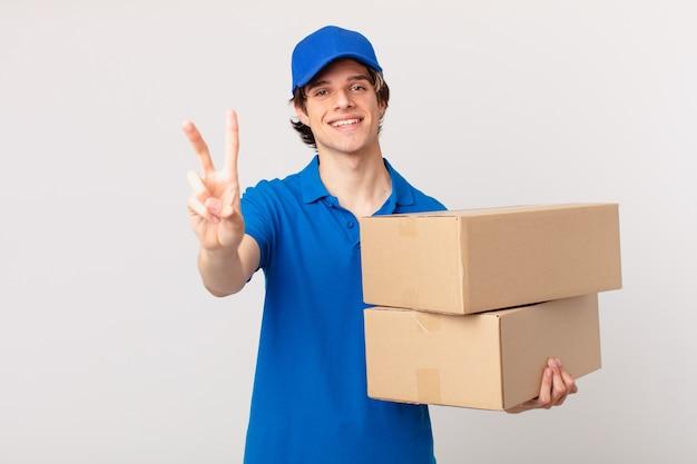 Pakket bezorgt man glimlachend en vriendelijk, met nummer twee