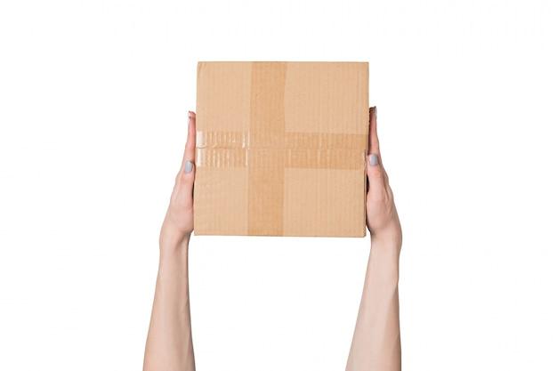 Pakket in vrouwelijke handen