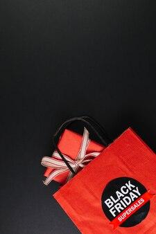 Pakket met geschenkdoos