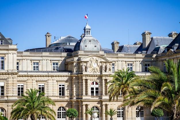 Palais du luxembourg en tuinen, parijs