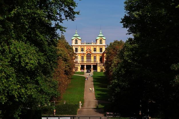 Paleis en park in ludwigsburg, duitsland