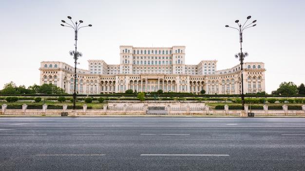Paleis van het parlement in boekarest