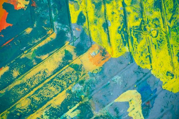 Palet met felle kleuren