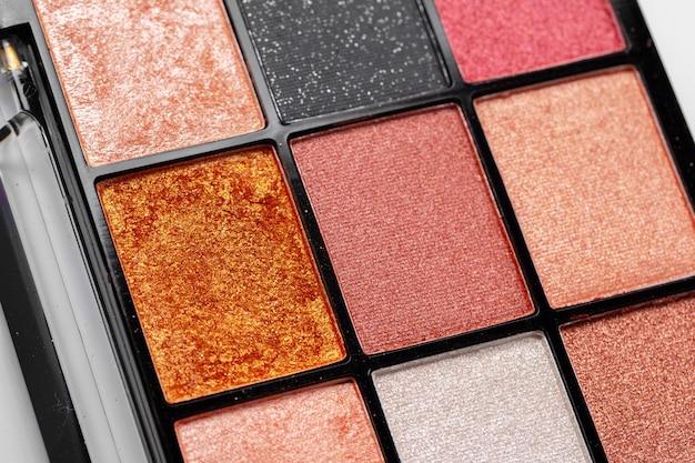 Palet van kleurrijke oogschaduw
