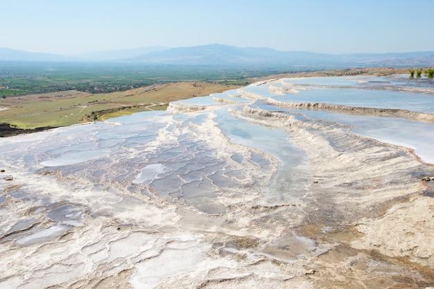 Pamukkale, natuurgebied in de provincie denizli in het zuidwesten van turkije