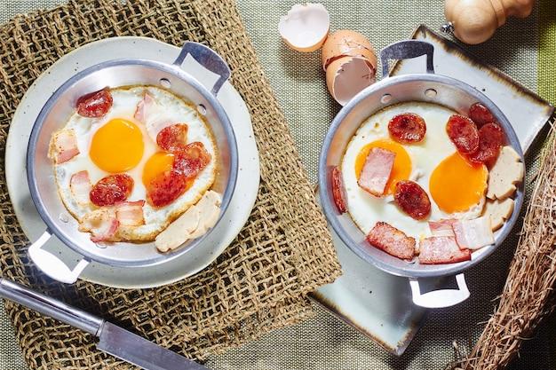 Pan gebakken ei