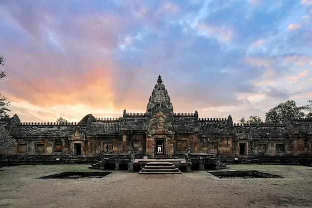 Panom sport, historisch steenkasteel, buriram, thailand