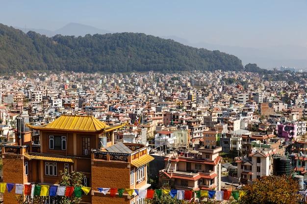 Panorama aan de stad van katmandu, nagarjun, nepal