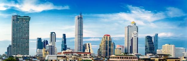 Panorama bangkok cityscape skyline
