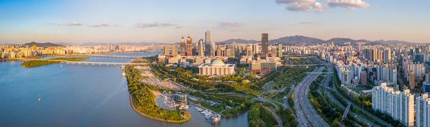 Panorama luchtmening van de stadshorizon van seoel, zuid-korea.