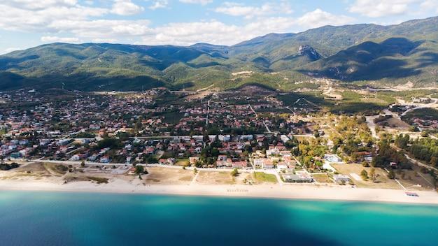 Panorama van asprovalta en de kosten van de egeïsche zee