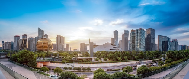 Panorama van de nieuwe stad van hangzhou qianjiang