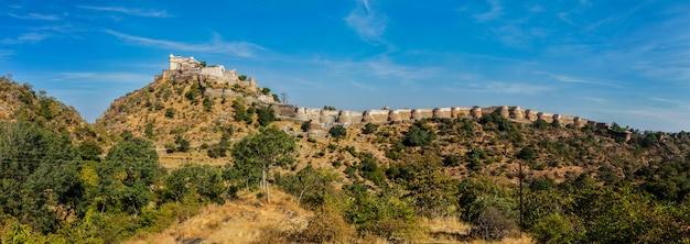 Panorama van fort kumbhalgrh. rajasthan, india