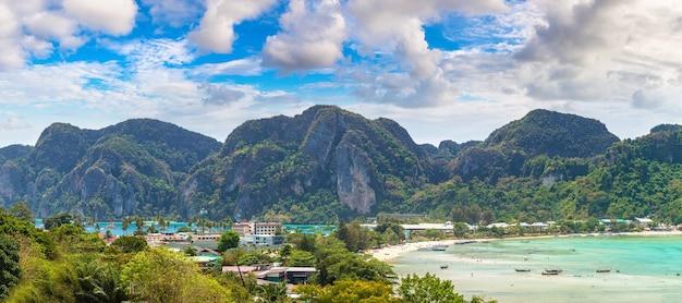 Panorama van phi phi don-eiland