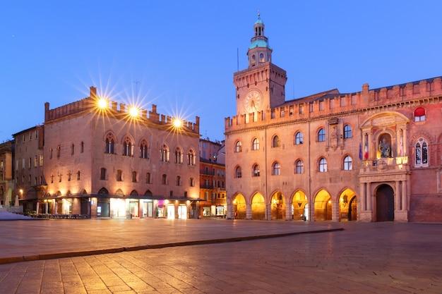 Panorama van piazza maggiore plein, bologna, italië