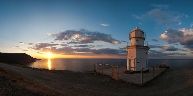 Panorama zonsopgang bij kaap meganom