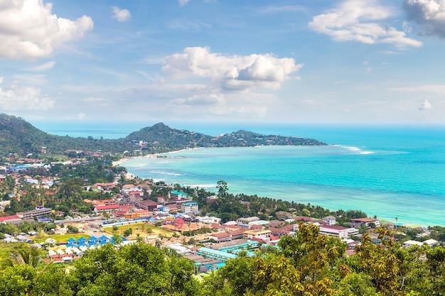 Panoramisch luchtfoto van het eiland koh samui